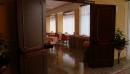 Porte su misura per alberghi porta rei60 con chiudiporta a slitta sequenziale